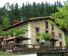 Caserio Iturbe casa rural en Busturia (Vizcaya)