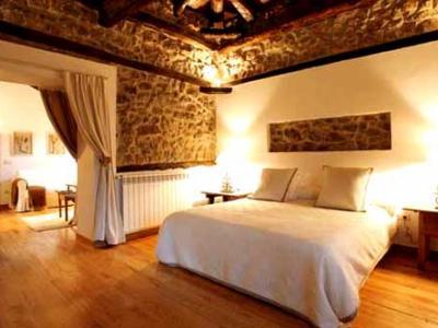 Hoteles baratos con encanto en espana for Hoteles con encanto cerca de madrid con piscina