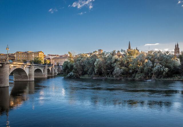 puente romano logroño