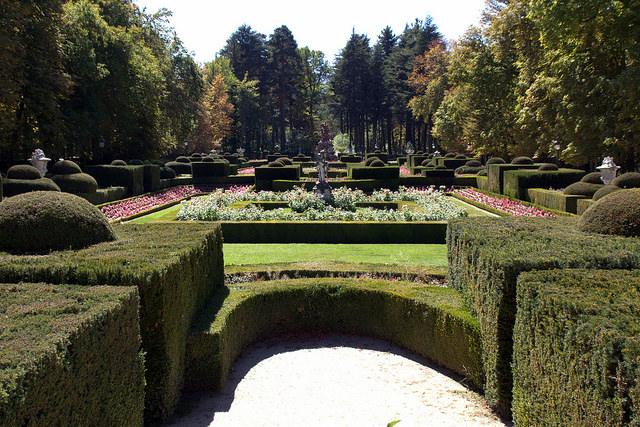 10 palacios de espa a que debes visitar selectahotels for Jardines que visitar en madrid
