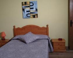 habitacion nº 1 cama de matrimonio, cama de 90 y baño
